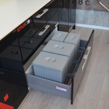 Conjunto de porta residuos para cajón Hafele 2x16 + 2x7,5 Lts - 502.49.543